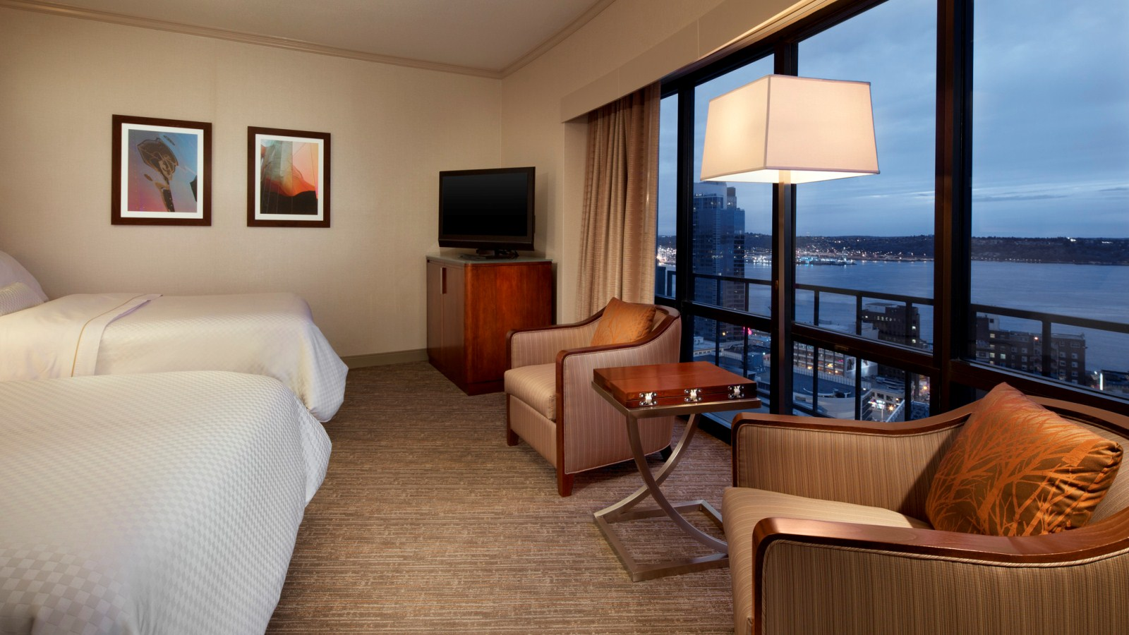 The Westin Seattle - Premium Water View Rooms