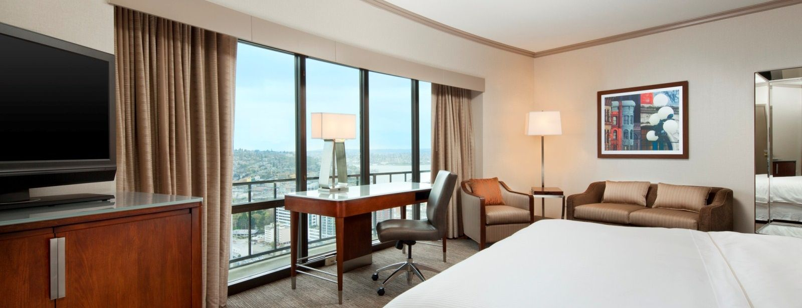 The Westin Seattle - Premium City View Guest Rooms